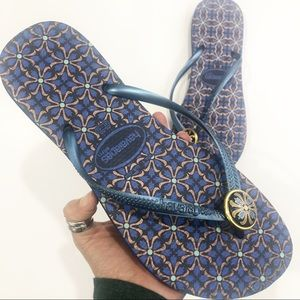 Havaianas Silm Blue and Gold Sandals Flip Flops